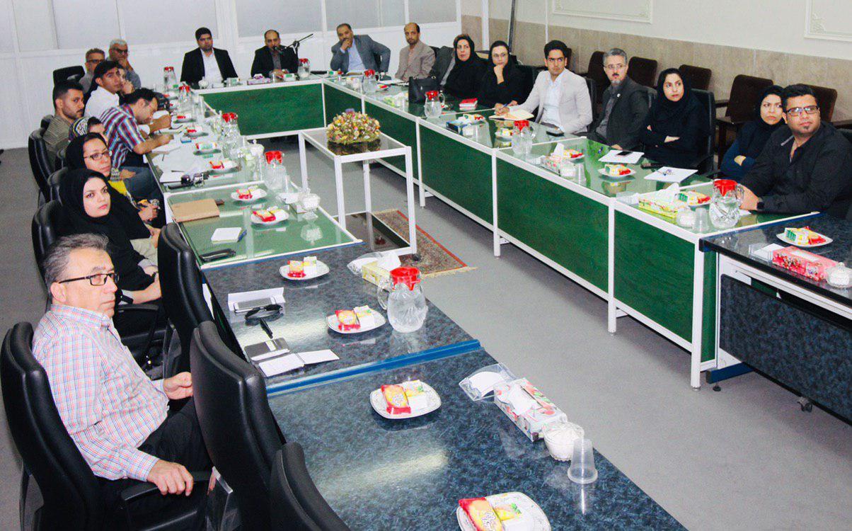 برگزاری نشست انتقال تجربه در مركز رشد كشاورزی و منابع طبیعی اصفهان